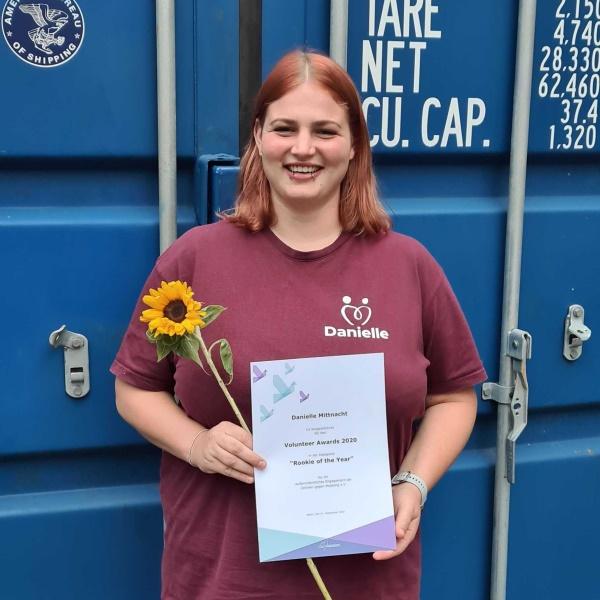 danielle-mittnacht_volunteer-award