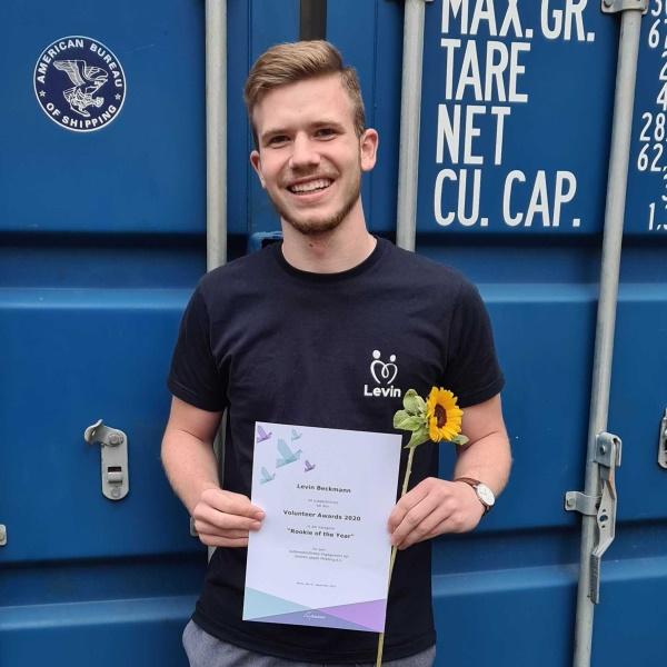 levin-beckmann_volunteer-award